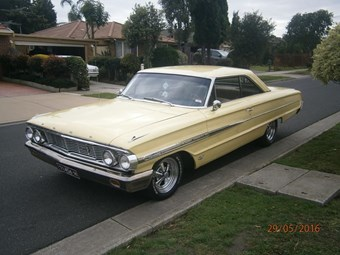 Ford Galaxie 1964 - today's tempter