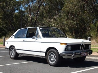 BMW 2002 Touring 1974 - today's tempter