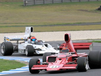 Booming Formula 5000 headlines PI Historics