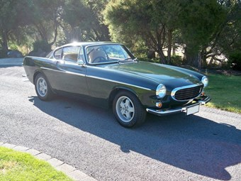 1970 Volvo P1800E – Today's Tempter