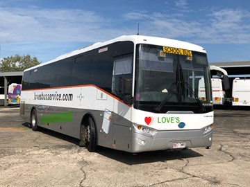 KINETIC ACQUIRES SECOND CAIRNS COMPANY: LOVE'S BUS SERVICE