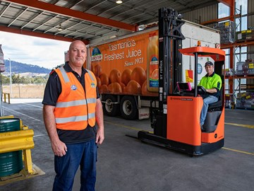 Toyota BT reach trucks main squeeze for juice giant