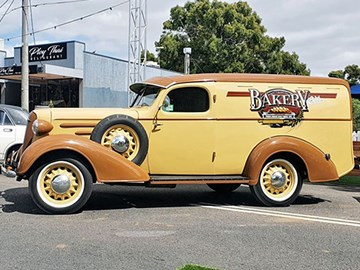 1939 Chevrolet Sedan Delivery - today's tempter