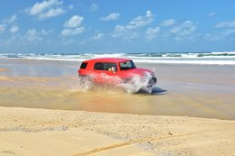 4WD on Fraser Island, QLD