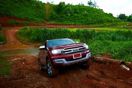 New Ford Everest 4x4 SUV
