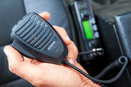 4x4 convoy communication: UHF radios
