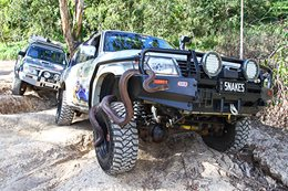 Custom 4x4: Nissan Patrols on Snake Control