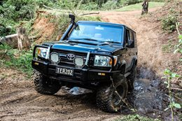V8 Toyota Landcruiser takes osteopaths to farmers in need