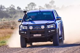 2016 Toyota Hilux SR5: Outback road test