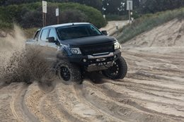 Custom Ford V8 Ranger sand driving