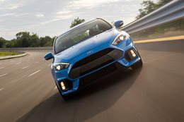 Ford Focus RS track test
