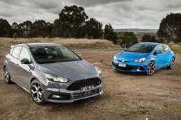 Ford Focus ST vs Holden Astra VXR