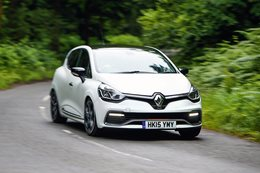 Renault Clio RS 220 Trophy review