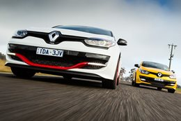 Renault Megane RS265 vs RS275 Trophy-R