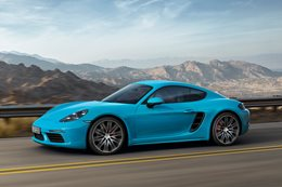 Porsche 718 Cayman revealed