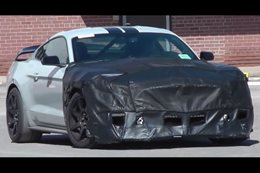 Ford Mustang Shelby GT500 prototype spotted