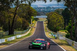 BMW M6 GT3 unleash at Bathurst