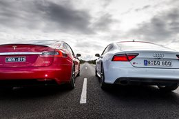 Tesla P90D vs Audi RS7 Performance