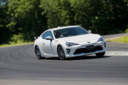 Best Steering of 2016: Toyota 86