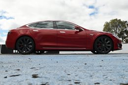 Tesla Model S P90D Acceleration Testing