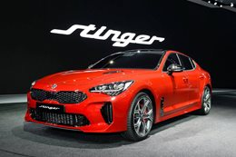 Kia Stinger GT main