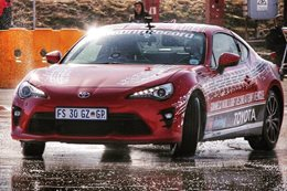 Toyota 86 drifts for 6 hours