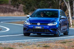 2017 Volkswagen Golf R 7.5