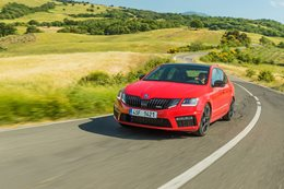 2018 Skoda Octavia RS245 road