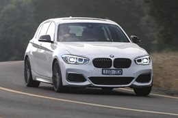 2017 BMW M140i facing