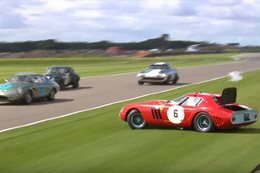 Ferrari 250 GTO crashes at Goodwood Revival