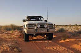4x4 driving through the Simpson Desert