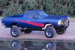 FORD-POWERED VALIANT 4x4!