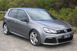 DRAG CHALLENGE CONTENDER 10-SECOND VW GOLF R