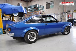 LX Torana hatch build