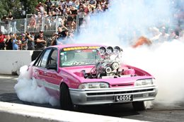LOOSE VL Summernats burnout
