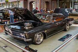 '66 Chevy Impala sedan custom
