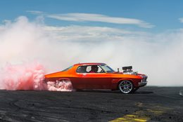 MRBADQ Holden HQ Monaro burnout