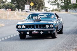 Plymouth Barracuda hemi blown