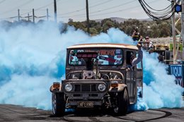 FJ40 Landcruiser blown burnout INFERNO