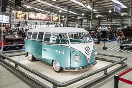 VW Kombi custom show car
