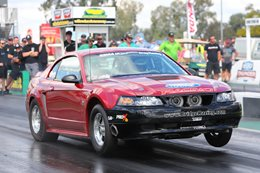 2000 Ford Mustang drag