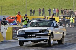 250CI SIX-CYLINDER FORD XF UTE AT DRAG CHALLENGE