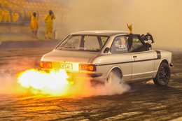 Toyota Corolla burnout ULEGAL