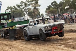 big block toyota crown tractor pull 2