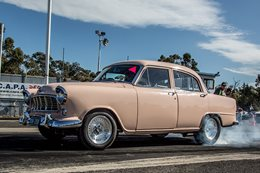 holden fe drag