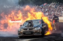 VF Commodore UNWANTED burnout fire nw
