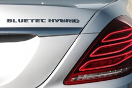 Mercedes Benz plug-in bluetec hybrid s300
