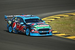 Ford Falcon FGX V8 Supercar