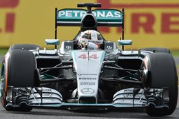 Mercedes dominance resumes at Suzuka
