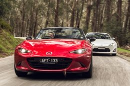 2016 Mazda MX-5 GT 2.0 v Toyota 86 GTS comparison review